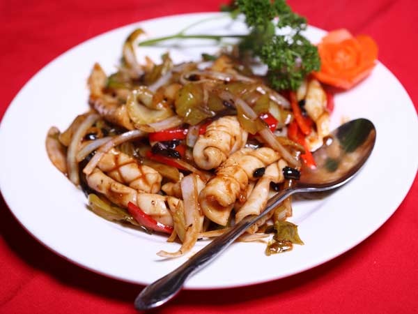 Sautéed Squid with Mixed Vegetables
