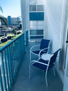 1 Bed / 2 Bath Waterfront Townhouse 175G